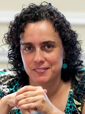 Renata Correia Botelho